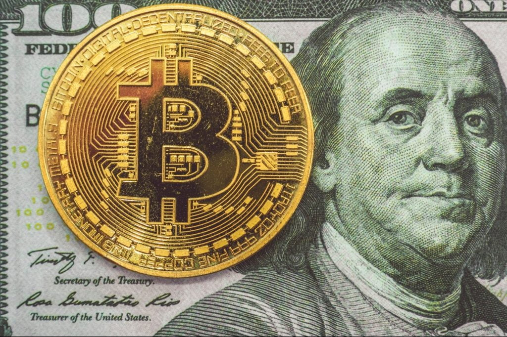 Is Bitcoin Similar to a Pyramid Scam? That's what the same economist who predicted the pandemic says