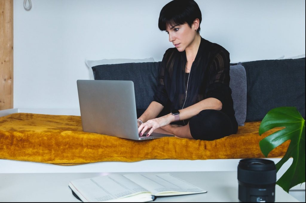 Supplement Your Side Hustle With Vetted Flexible Jobs Through This Service