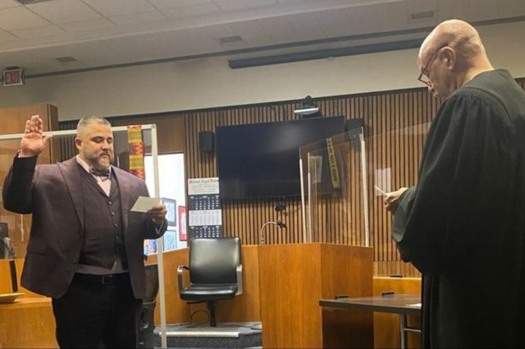 16 years ago a judge gave a young trafficker a second chance. Today he returned to court to become a lawyer