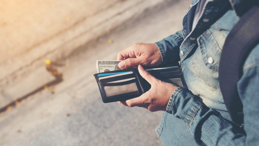 Use the 1% Spending Rule to Save Money