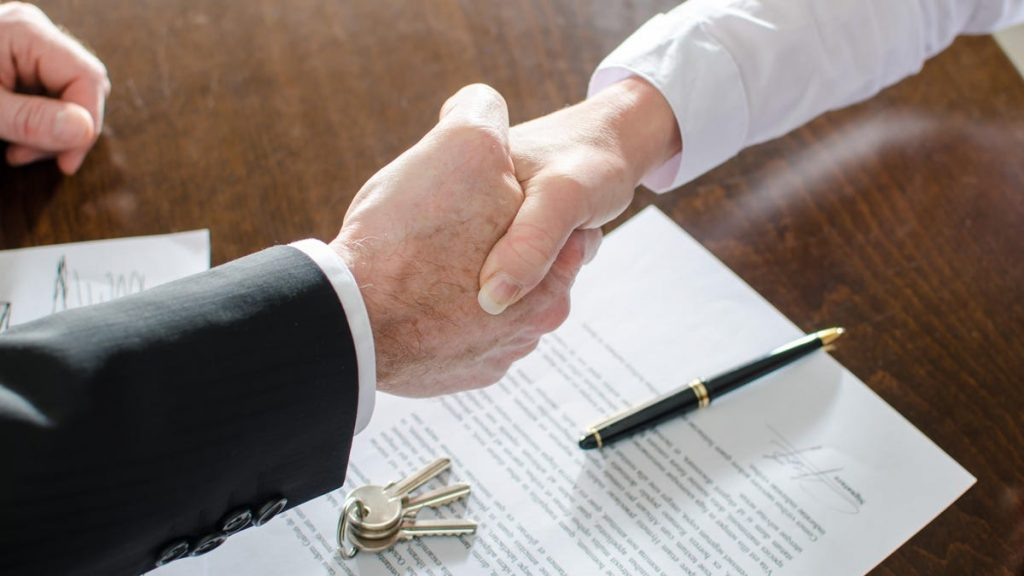 Why You Should Negotiate Your Real Estate Agent's Commission in a Hot Market