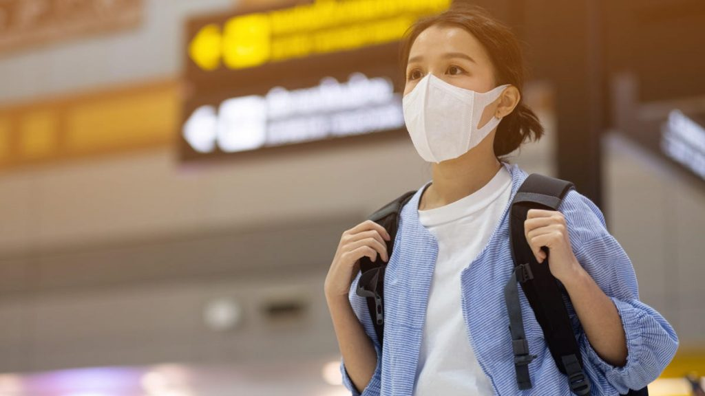 How to Choose the Right Mask for a Flight so You Aren't Turned Away