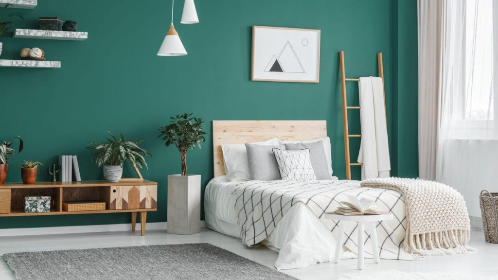 How to Give Your Bedroom a Makeover in the Cheapest Way Possible
