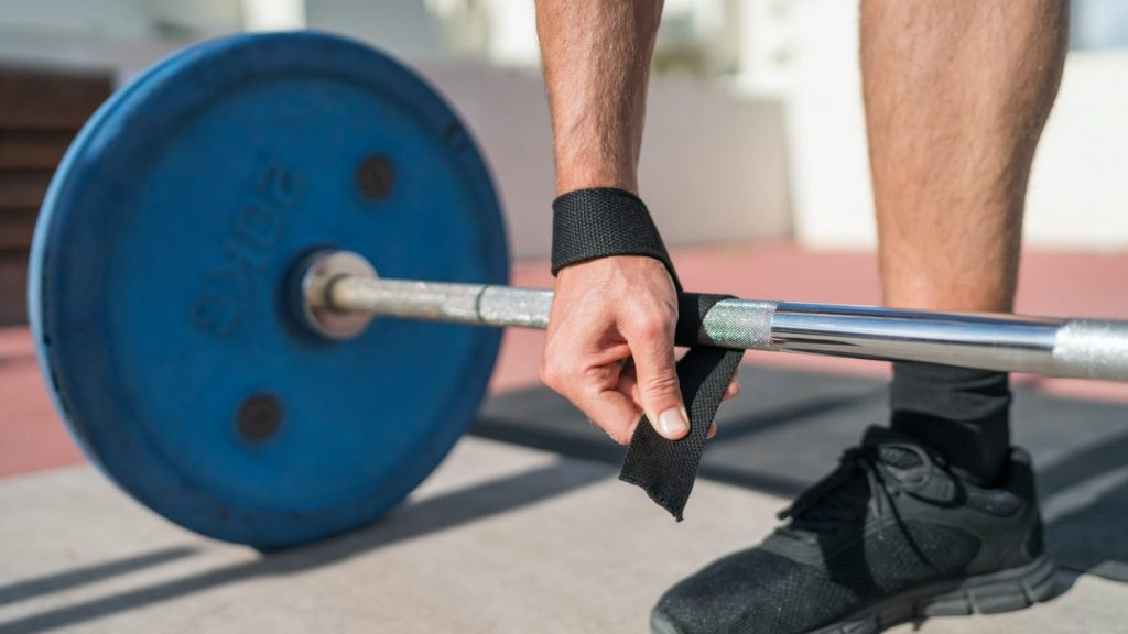 The Three Types of Deadlift Straps, and How to Choose the Right One