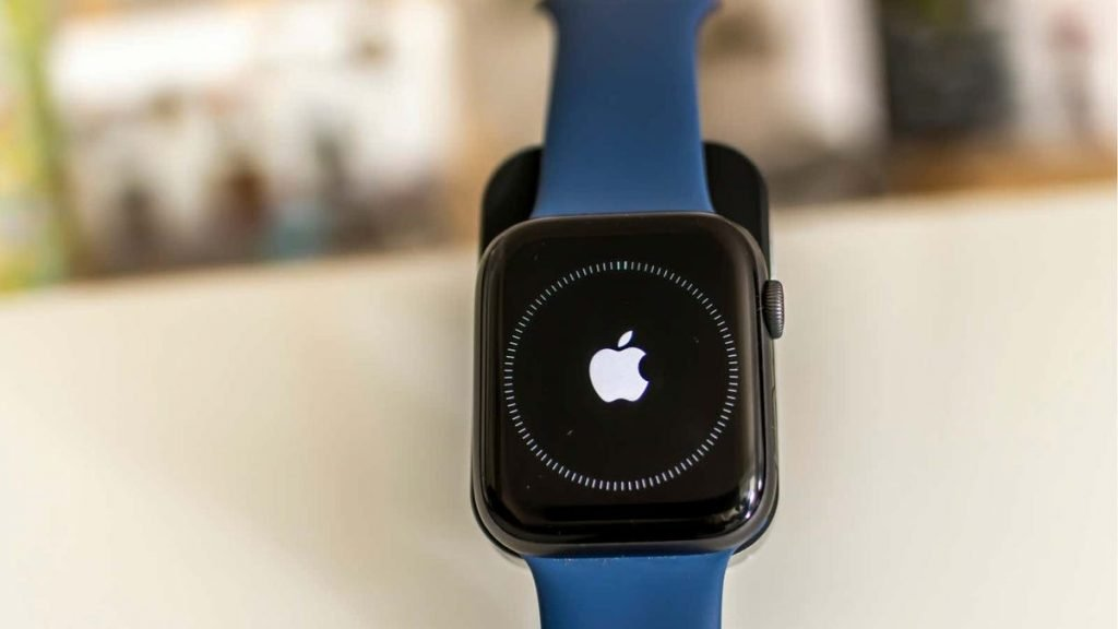 Why You Really Shouldn't Install the watchOS Beta on Your Apple Watch