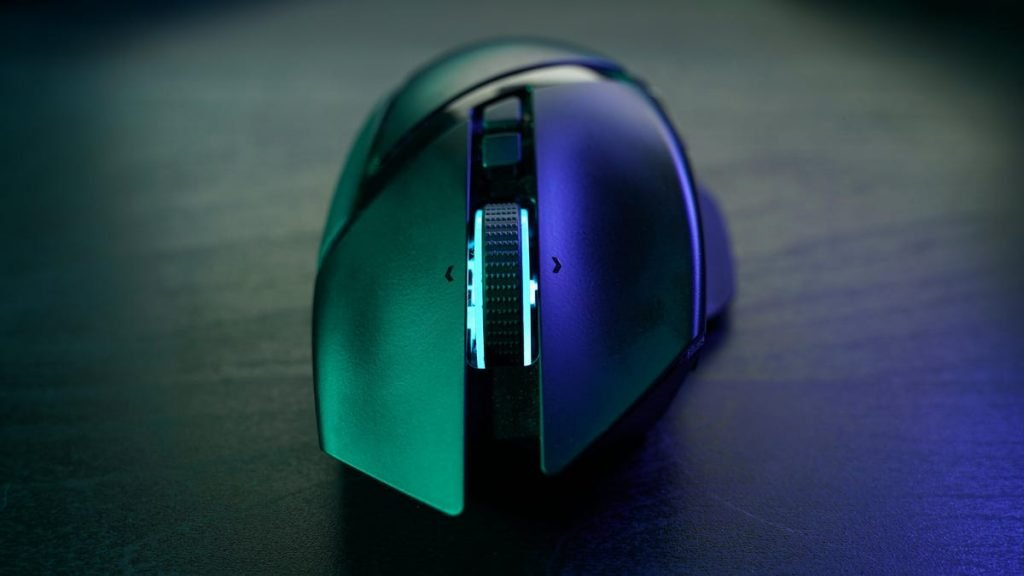 You Can Gain Admin Privileges to Any Windows Machine by Plugging in a Razer Mouse